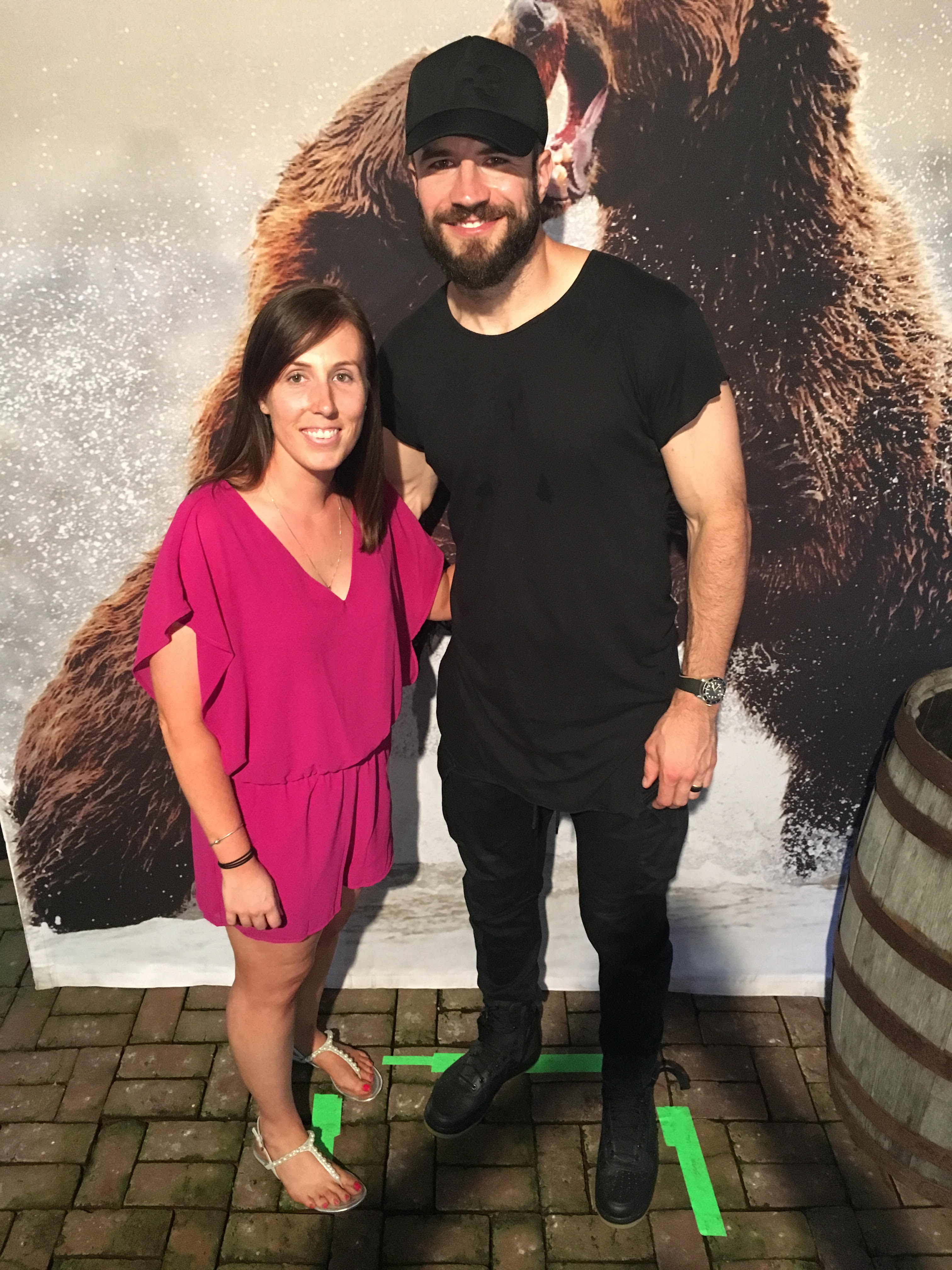 Sam hunt meet greet sweepstakes musictoday win a meet and greet with sam hunt at a show of their choosing three lucky runner up winners also received tour merchandise bundles m4hsunfo